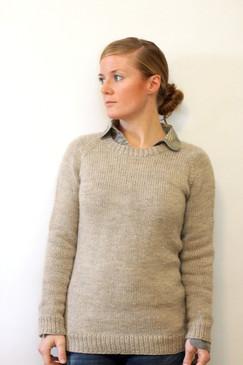 Ladies Classic Raglan Pullover