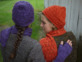 Fallberry Mitts, Hat & Scarf