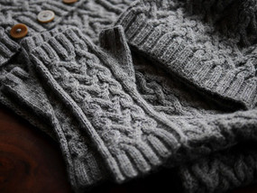 Meander Mitts by Irina Dmitrieva