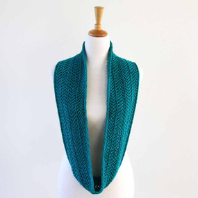 Zaggy Cowl- English Version
