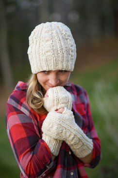 Landslide Hat & Fingerless Mitts