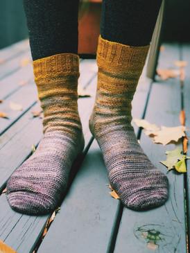 Fluorite Socks