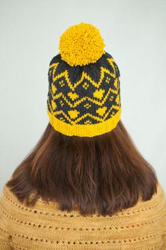 Tiddy Pom Pom Hat