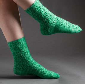 Tiny Trellis Socks