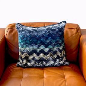 Radvent Pillow