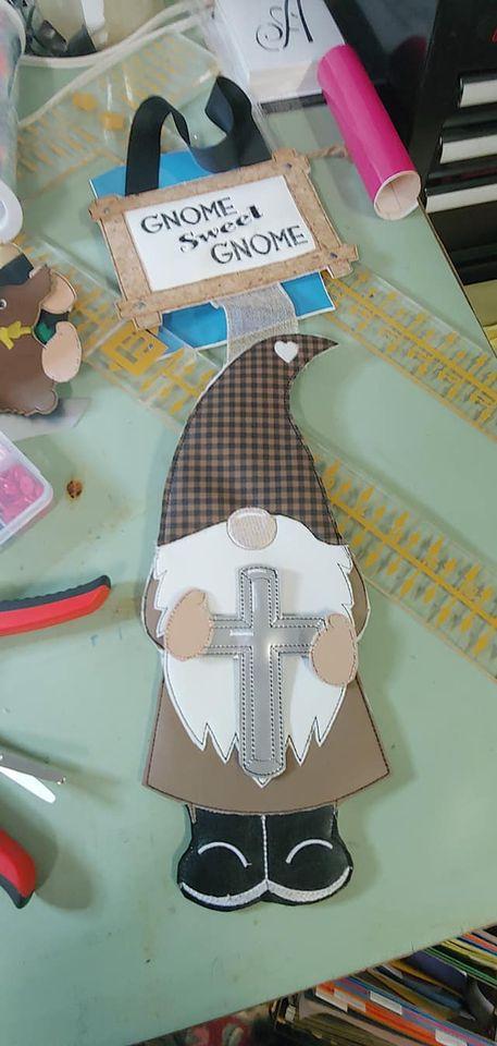 belinda-gnome-with-cross.jpg