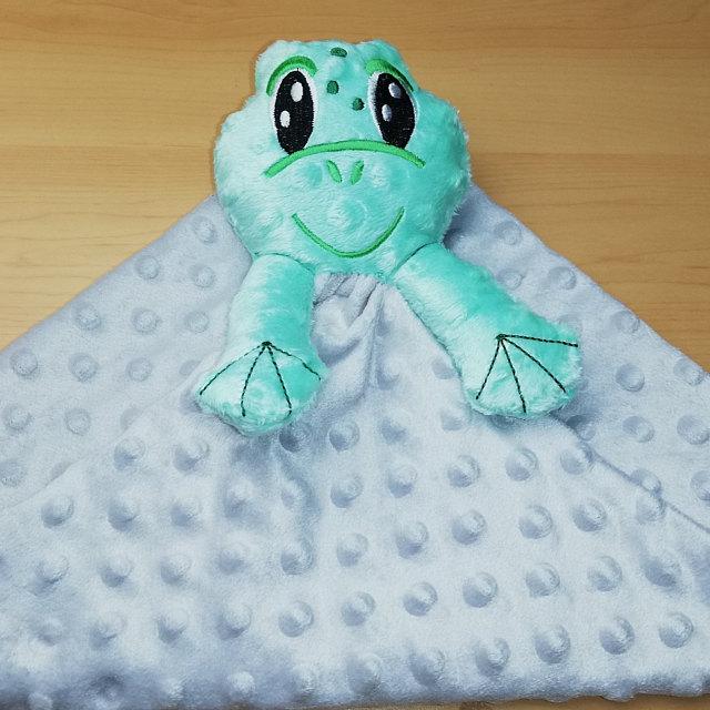 frog-blanket1.jpg