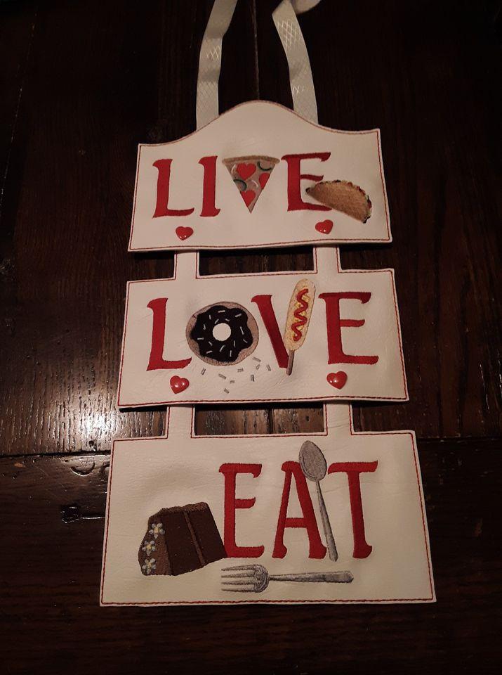 live-love-eat.jpg