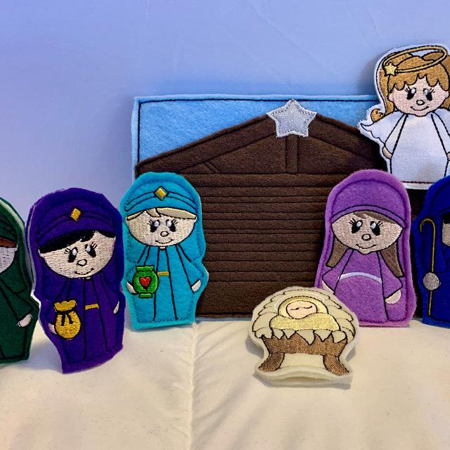 nativity-puppets-by-diane.jpg