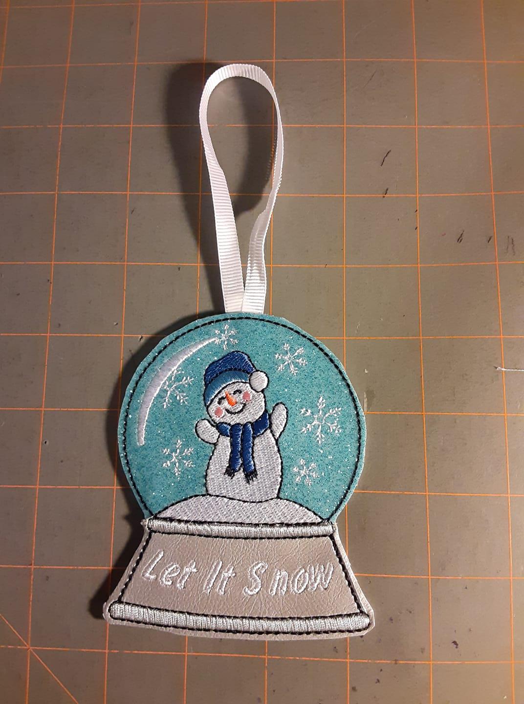 snowman-globe.jpg