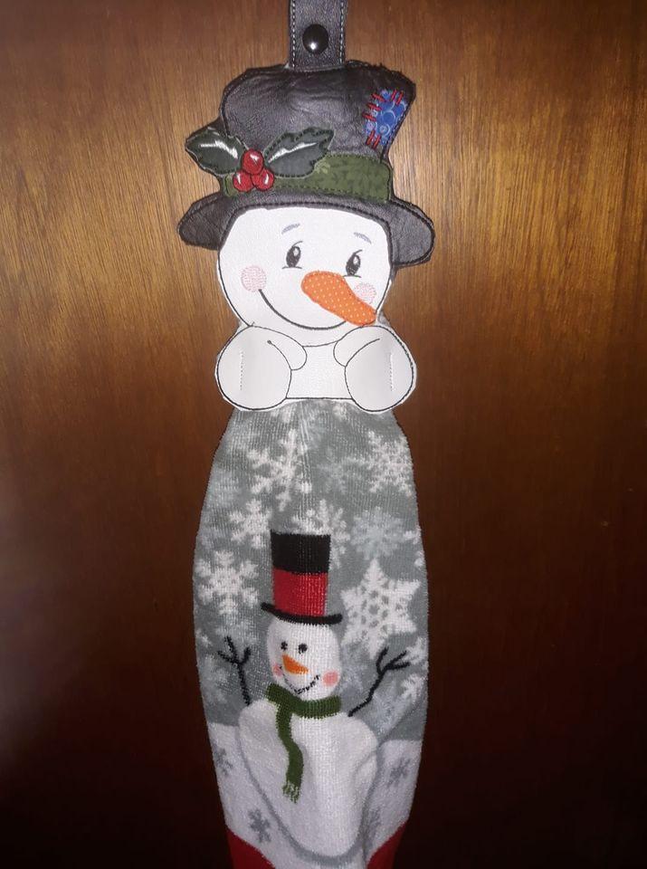 tina-snowman-towel.jpg