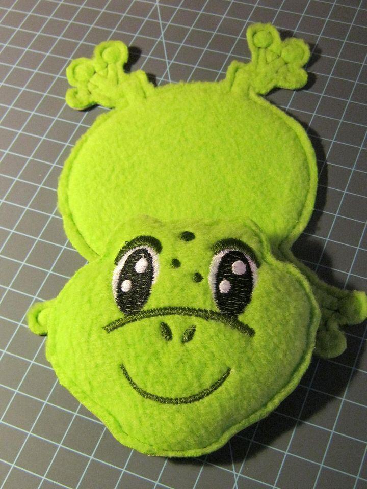 vicki-frog-coaster.jpg