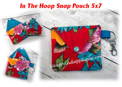 This is the listing for the Snap Pouch 5x7 only.   Mask is not included in this design.