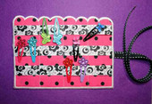 Scalloped Hair Clip Holder
