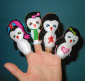 Penguin Finger Puppet ITH SEt