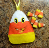 In The Hoop Candy Corn Candy Pocket Embroidery Machine Design