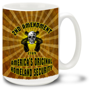 Show your enthusiasm for guns and the second amendment with this dynamic coffee mug featuring a skull and crossed handguns