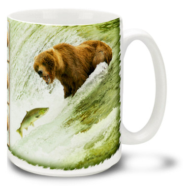 Grizzly Bears love the taste of fresh salmon, and none are fresher than the ones jumping out of the water! Have a big breakfast with this Grizzly Bear coffee mug. 15oz Fishing Grizzly Bear coffee mug is durable, dishwasher and microwave safe.
