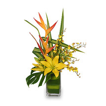 5-STAR FLOWERS Vase Arrangement