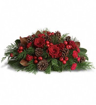 """4 each roses, 40cm, red 2 stems roses, spray, red 3 stems carnations, miniature, red 2 branches white pine 2 stems flat cedar 1 stem magnolia leaves 10 each pinecones, medium, natural, knud nielsen 2 stems berry sprays, large, red 2/3 block floral foam 1 each 8"""" centerpiece tray, green, syndicate sales, no. 72-48-07, (8"""" w)"""