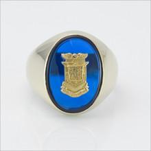 ΔKE Oval Blue Spinel Crest Ring