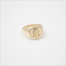 Acacia Signet Ring w/ Crest