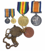 Canada: WWI Medal Pair with Miniatures and Dog Tags CPL. W.L. KNOWLES. 3-CAN.INF.