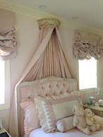Bed Crown: Versailles Crème / Versailles Pink
