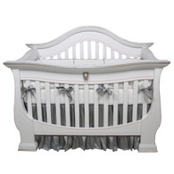 London Crib Finish: Snow Trim Out: Silver Gilding and Pink Appliquéd Moulding Option: Lion Head in Silver Gilding