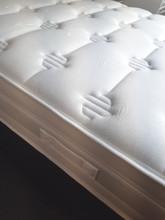 Geo mattress details