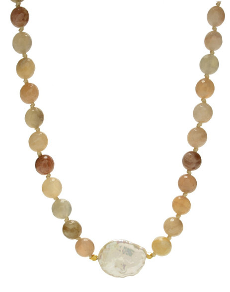 Pink moonstone with pearl