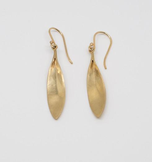 Daisy Petal Earrings 14k