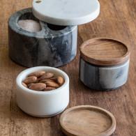 Grey Marble ad Wood Cellar