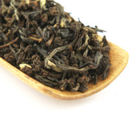Classic Masala Chai starts with a strong Ceylon black tea and is expertly blended with Indian spices to make for a wonderful full flavored spicy cup.