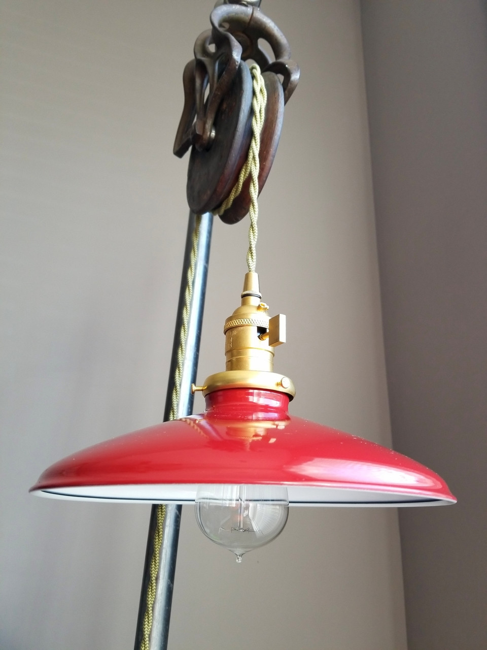 Red Metal Lamp Shade Round Red Porcelain Finish Light