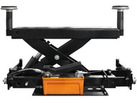 Atlas® RJ-6000 Rolling Air/Hydraulic Center Jack 6,000 Lbs. Capacity and Truck Adapters