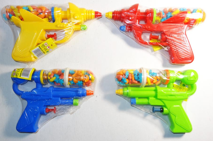 Super Water Pistol with Candy, by Universal Candy,  and more Confectionery at The Professors Online Lolly Shop. (Image Number :7640)