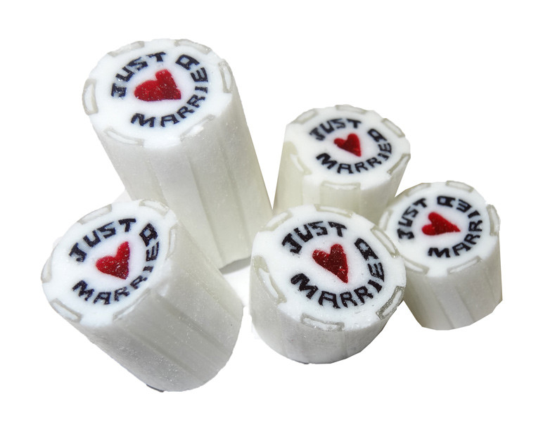 "Rock Candy - White and Red - ""Just Married"" Heart Center, by Designer Candy,  and more Confectionery at The Professors Online Lolly Shop. (Image Number :9085)"