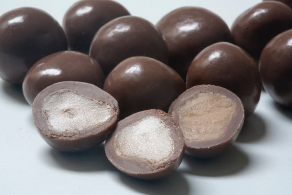Premium Milk Chocolate Salted Caramel Balls, by Confectionery House,  and more Confectionery at The Professors Online Lolly Shop. (Image Number :11437)