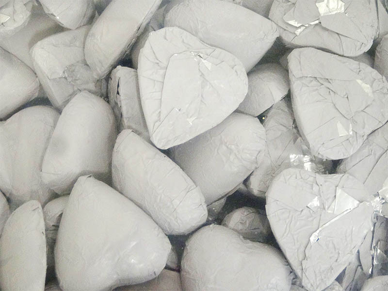 Belgian Milk Chocolate Hearts - White and more Confectionery at The Professors Online Lolly Shop. (Image Number :13198)