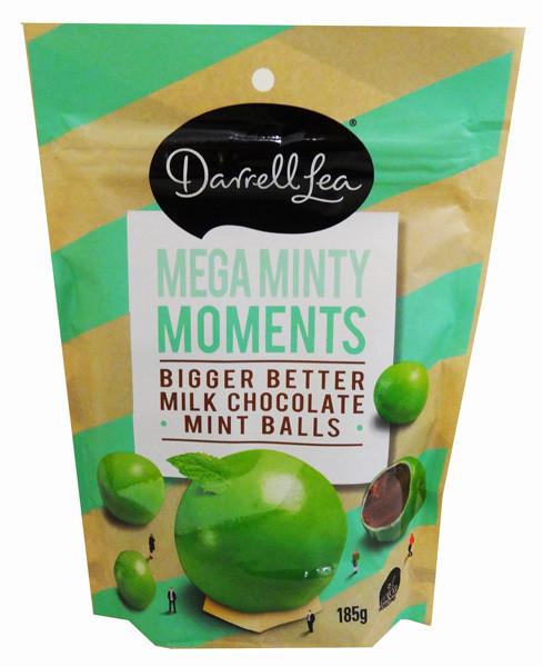 Darrell Lea Milk Chocolate Christmas Gift Bag, by Darrell Lea,  and more Confectionery at The Professors Online Lolly Shop. (Image Number :13865)