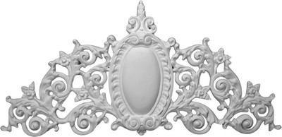 Applique CRA18 - featuring acanthus leaves, filigree and a central oval emblem
