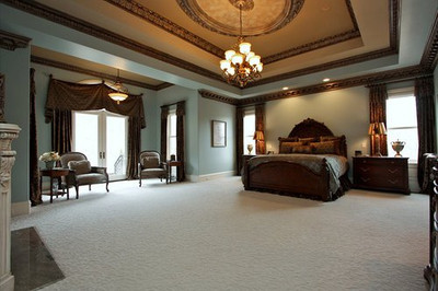 Moldings DM729, 712 and 721 used with Ring R12 in Master Bedroom