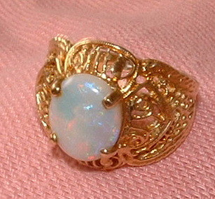 10k Gold and Opal Filigree Ring