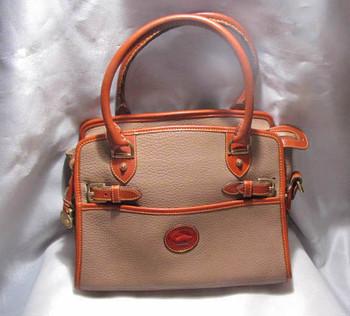 Vintage Dooney & Bourke Leather Handbag (front)