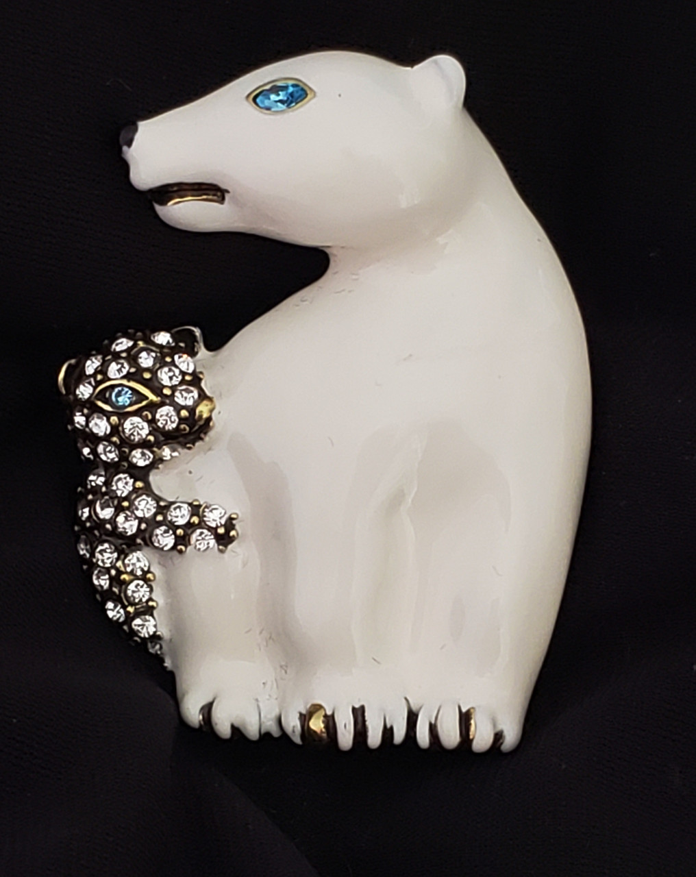 Vintage Jewelry Adorable Mommy and Baby Polar Bears Pin Brooch