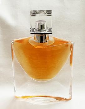 Lancome La Vie Est Belle Eau de parfum spray 1.7 fl oz (50 ml)