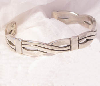 Vintage Taxco Mexico Sterling Silver cuff bracelet