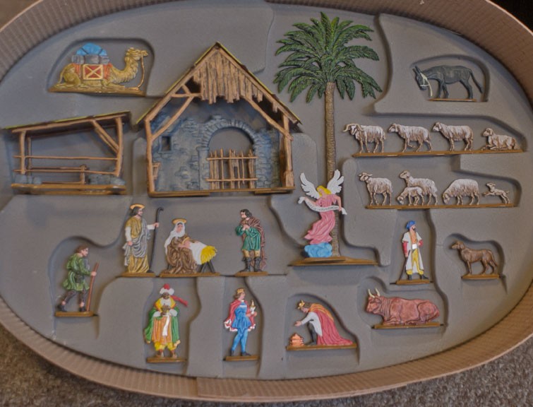 german-pewter-nativity.jpg