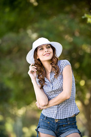 California Hat Company - Cotton Sun Hat, Model
